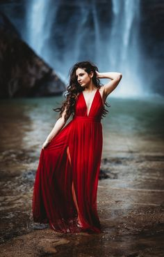 Striking Waterfall Engagement Session at Toccoa Falls, Georgia Boudoir Photography, Creative Photography, Couple Photography, Photography Tips, Portrait Photography, Fashion Photography, Scenic Photography, Night Photography, Engagement Photography