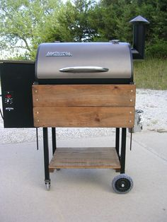 Traeger Lil' Tex Elite Needs Shelves! - The BBQ BRETHREN FORUMS.