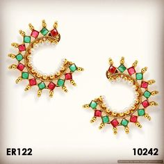Crescent earrings (upcoming collection)- DM for price or visit is at trueindianimports.com #indianjewelry #imitationjewellery #uniquejewellery #trueindianimports #sandiegojewelry #templejewellery #ruby #emerald #earrings