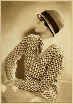 Vintage 1920s Studio Manassé Vienna Lili Damita Flapper Vamp Fashion Photograph