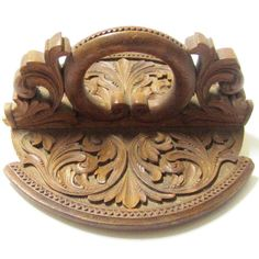 Acanthus carved kubbestol   Wood art, Wood crafts ...
