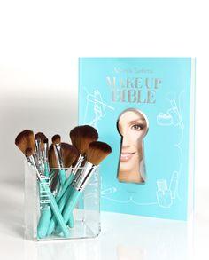 Cailap by Mariela Sarkima   Make Up Bible + brushes