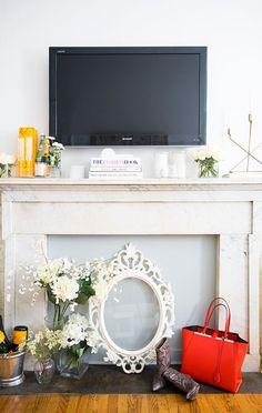 fireplace mantel = impromptu bar cart
