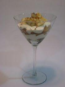 LA COCINA DE MAMI: TIRAMISU DE MANZANA Martini, Pudding, Tableware, Desserts, Food, World, Salted Caramel Sauce, Apple Sauce, Sweets
