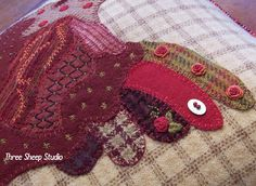 ThreeSheepStudio: French Country Hen Wool Applique...