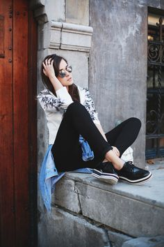 Andy from Style Scrapbook in her black DL jeans #doitindl #DL1961 #jeans