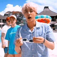 Hoseok Bts, Bts Taehyung, Bts Bangtan Boy, Bts Jungkook, Namjoon, Bts Memes Hilarious, Bts Funny Videos, Bts Photo, Foto Bts