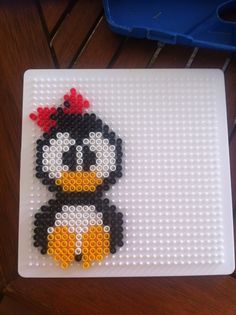 Little miss pinguin that I have made;) hama beads