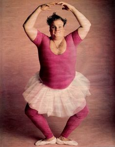 <3 Chris Farley  I SAY ANY MAN WHO WEARS A TUTU , SHOULD BE PINNED !!!