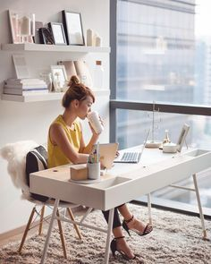 Workspace Inspiration - Home Office Decor - Desk Decor - Office Organization - Small Office Decor - Scandinavian Home Office - Open Bookshelves Home Office Space, Office Workspace, Home Office Design, Home Office Decor, Home Decor, Office Designs, Office Spaces, Office Setup, Office Inspo
