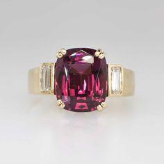 Lovely Vintage Bright 4.62ct t.w. Rhodolite Garnet & Diamond Ring 18k | Antique & Estate Jewelry | Jewelry Finds