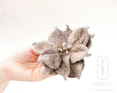Flower Lily Brooch - Hand felted - Linen color flower pin