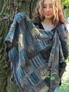 Knit Cowl, Knitted Shawls, Crochet Scarves, Knit Crochet, Crochet Hats, Shawl Patterns, Knitting Patterns, Poncho Outfit, Shawls And Wraps