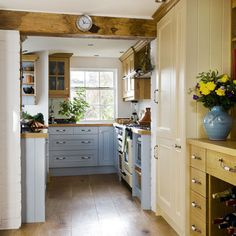 Step inside a well-planned country kitchen