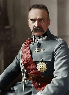 Jozef Pilsudski - The greatest warrior in modern Polish history, he escaped three prisons, defeated the Russian Army, and became hero to his people. Famous Polish People, Polish Tattoos, Poland History, Warsaw Pact, Military History, Historical Photos, World War, Armed Forces, Fotografia
