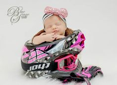 36 Ideas For Dirt Bike Photography Girls Motocross Baby, Motorcycle Baby, Baby Bike, Newborn Bebe, Newborn Session, Cute Baby Pictures, Newborn Pictures, Racing Baby, Newborn Photography