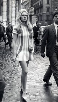'60s Looks We'd Wear Today: Bardot's Stripes