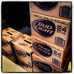 Grab your #case! The #greatcaserace is about to begin. #drinklocal #drinkquick #drinkforcharity
