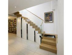 Faltwerktreppe mit Bibliothek und Unterbau Schrank offen
