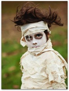 It's that Ghoulish time of year Halloween! If you are looking for DIY Halloween costumes for kids then here are some ghoulishly good freaking great ideas.