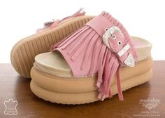 Sandalia GOM 320 Rosa - comprar online Kid Shoes, Cute Shoes, Shoes Heels Boots, Heeled Boots, Baby Shoes, Wedge Heels, High Heels, Womens Fashion, Fashion Trends