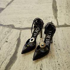 Loewe en Twitter #moda #fashion #cuero #leather #bolsos #bags #zapatos #shoes #marroquineria #leathergoods #cinturones #belts