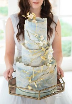 Delicately industrial wedding cake With my signature torn edge fondant texture marbled and painted with organic sugar blossoms and foliage Photo by ML photographyinc Cake. Beautiful Wedding Cakes, Gorgeous Cakes, Pretty Cakes, Amazing Cakes, Modern Wedding Cakes, Perfect Wedding, Cool Wedding Cakes, Elegant Wedding, Bolo Original
