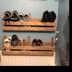 home ideas Pallet Shoe Rack / Wall Shoe Rack / Rustic Shoe Rack / Shoe Rustic Shoe Rack, Wooden Shoe Racks, Rustic Wine Racks, Wine Shelves, Pallet Shelves, Wall Shoe Rack, Shoe Wall, Minwax Wood Stain, Love Shelf
