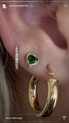 Ear Jewelry, Cute Jewelry, Jewelry Accessories, Cute Ear Piercings, Accesorios Casual, Mode Outfits, Fashion Jewelry, Bling, Gold