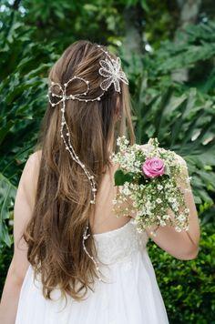 Coleção meu Casamento -  FL03 Flor asterisco dupla grande + TR36 Tiara meio ponto com pérolas variadas