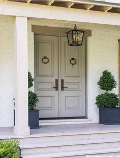 beautiful farmhouse front door entrance decor and design ideas - beautiful farmhouse front door entrance decor and design ideas - single glass door solid wood 31 ideasBest single glass front door solid Double Front Entry Doors, Wood Front Doors, Front Door Entrance, Solid Doors, Entrance Foyer, Front Door Colors, Glass Front Door, Front Porch, Home Front Door