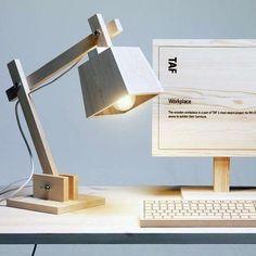 Оригинальная настольная лампа для дома и для офиса Original table lamp for home and office
