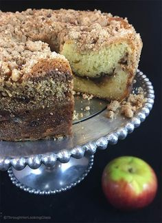 Tender Cinnamon Streusel Apple Coffee Cake: your new favorite sour cream coffee cake. Packed with apples, cinnamon filling a crumbly cinnamon streusel. Apple Cake Recipes, Apple Desserts, Baking Recipes, Dessert Recipes, Dessert Ideas, Bread Recipes, Mini Cakes, Cupcake Cakes, Bundt Cakes