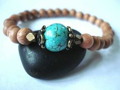 My good friend LAuren makes your own jewelry ..so pretty!! Check it out :). Peaceofminejewelry.