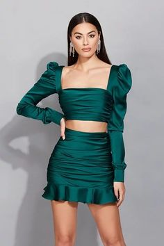 Cute Skirt Outfits, Dressy Outfits, Cute Skirts, Modesty Fashion, Fashion Dresses, Dr Shoes, Stylish Sarees, Professional Outfits, Satin Dresses