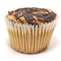Do you want a quick low carb, gluten and sugar free breakfast that is perfect for busy weekday mornings? Say hello to these Grab & Go Low Carb Muffins! Keto Desserts To Buy, Keto Snacks To Buy, Sugar Free Brownies, Keto Brownies, Low Carb Sweets, Low Carb Desserts, Keto Muffin Recipe, Muffin Recipes, Sugar Free Breakfast