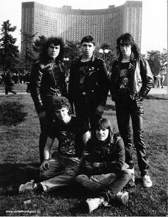 vintage everyday: Soviet Subcultures of the 1980s: Goths, Punks and Metalheads of the USSR