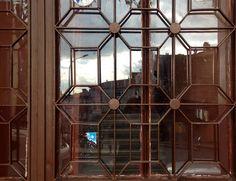 Boxy shapes in iron door near Harem