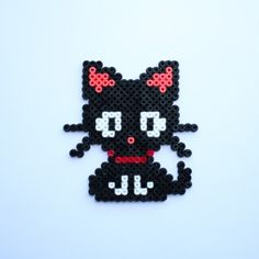 Cat hama perler beads by Little Miss Productive