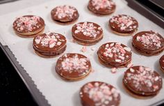 Maybe we'll leave some for Santa... Peppermint-Chocolate Sandwich Cookies by @Ginger Arebalo De Laurentiis. #recipe #holiday