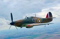 Nice looking Hawker Hurricane. Ww2 Aircraft, Fighter Aircraft, Military Aircraft, Fighter Jets, Hawker Hurricane, Desert Camo, Cool Photos, Amazing Photos, Ww2 Planes