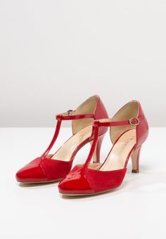 9f5bbbf0018 chaussures salome rouges