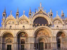 St Mark's Basilica, Venice, Italy (AD 1063). www.secretearth.com/attractions/659-st-marks-basilica
