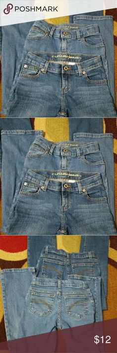 Arizona Jeans 2 pair Bundle Blue Jeans. Gently Used. Great Condition. 10 Reg. Adjustable waist band Arizona Jean Company Bottoms Jeans