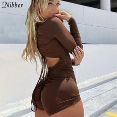 Curvy Girl Outfits, Hot Outfits, Girly Outfits, Curvy Women Fashion, Girl Fashion, Sexy Shirts, Long Sleeve Romper, Playsuits, Rompers