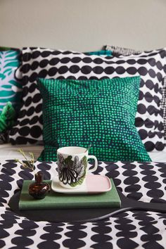 Marimekko and my Fall 2018 home selection Marimekko Bedding, Home Bedroom, Bedroom Decor, Bedrooms, Bedroom Ideas, Contemporary Cushions, Arts And Crafts Movement, Eclectic Decor, Scandinavian Design