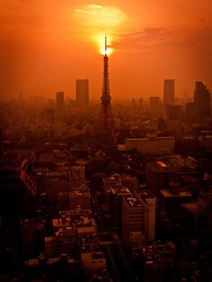 Tokyo Tower at sunset, Japan. Such an excellent photo highlighting an amazing city.
