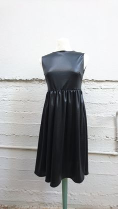 FREE Registered Shipping  Handmade black dress lycra midi by IL2C