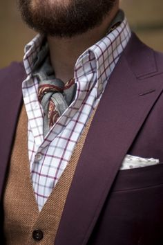 nice colors and textures. not completely sold on the scarf/ascot/thing placement, but we'll allow it.
