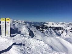 Wer hat dazu Lust?  Sonnenskilauf im Montafon Einfach traumhaft Mount Everest, Mountains, Nature, Travel, Outdoor, Winter Vacations, Simple, Outdoors, Naturaleza